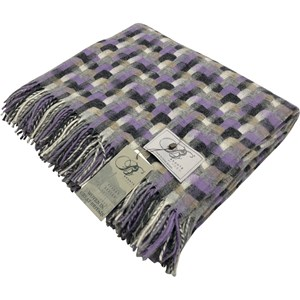 Bronte by Moon Clover Geometric Throw